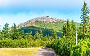 39% Krkonoše: 3–8 denní pobyt pro DVA u ski areálů:…
