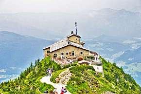 Sleva na pobyt 31% - Poznejte Orlí hnízdo a nejhlubší jezero střední Evropy…