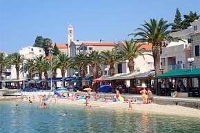 28% Chorvatsko, Gradac: 10 denní pobyt v penzionu…