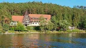 50% Dovolená v Hotelu Laguna přímo u slapské přehrady…