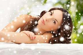 Sleva 50% - Speciální balíčky s kosmetikou, masáží a lymfodrenáží v délce až 140 minut v salonu…