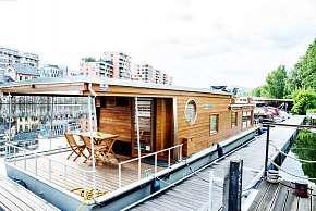 Sleva 0% - Netradiční ubytování až pro 6 osob v Houseboatu Bonanza s plně vybavenou kuchyní a…