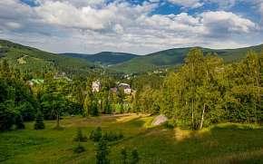 32% Krkonoše: Špindlerův Mlýn v Hotelu Horní Pramen *…