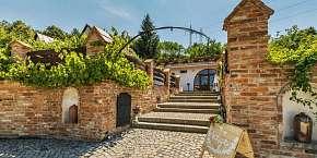 14% Jižní Morava v rodinném vinařství Krýsa s…