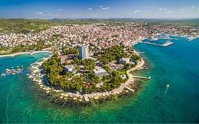 50% Chorvatsko: 3–8 denní pobyt pro DVA přímo na…