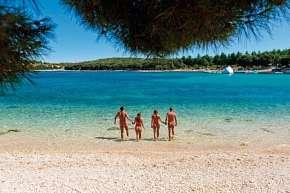 30% Chorvatsko, Istrie: 15 denní pobyt v Naturist…