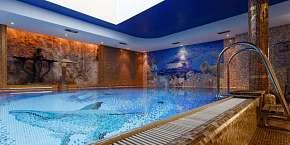 15% Boutique Spa Hotel Aqua Marina **** v Karlových…