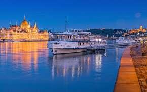0% Budapešť netradičně s ubytováním v kajutě na lodi…